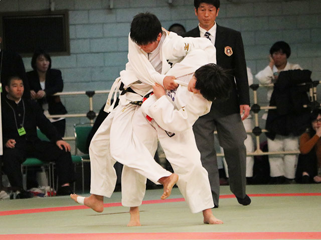 女子57kg級4回戦<br>西川みはるvs俊百々香