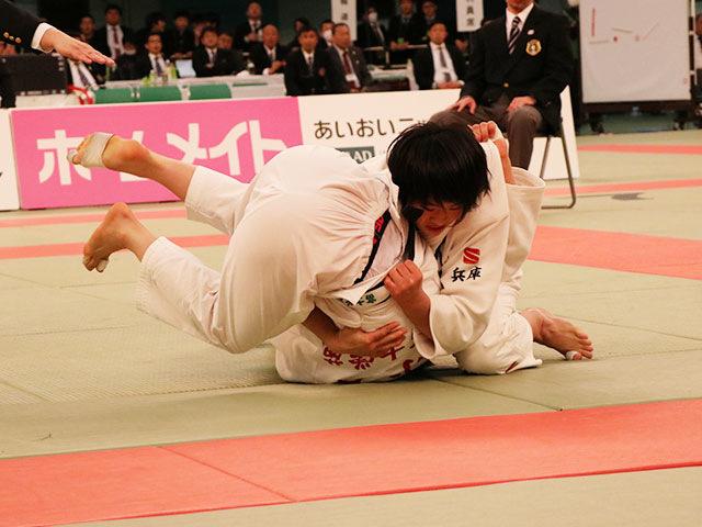 女子63kg級決勝戦<br>畑田暁菜vs小齊穂奈美