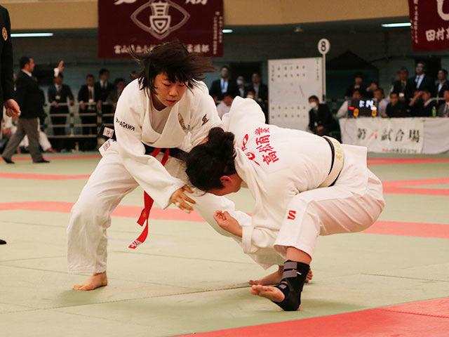 女子1回戦<br>横須賀学院高校vs<br>高松商業高校