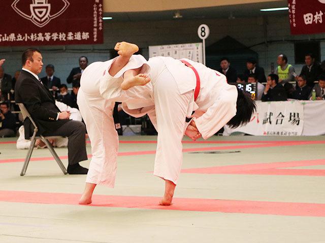 女子1回戦<br>岡豊高校vs天理高校