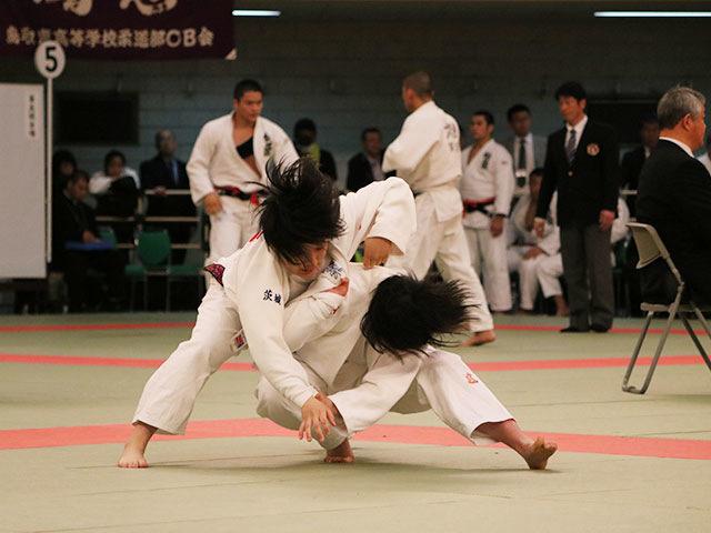 女子1回戦<br>柳ヶ浦高校vs水戸葵陵高校