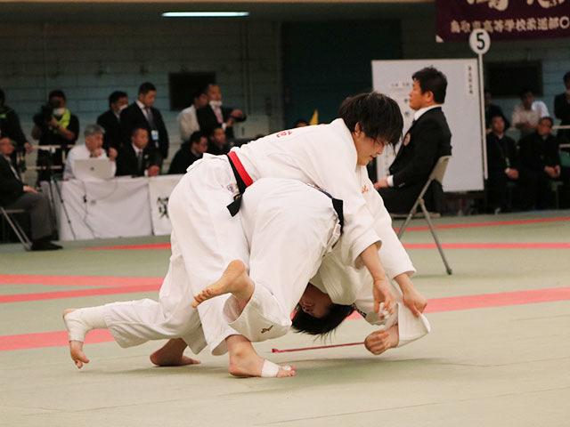 女子2回戦<br>富士学苑高校vs<br>東大阪大敬愛高校
