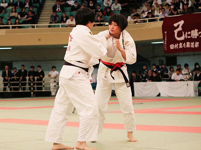 女子準決勝戦<br>富士学苑高校vs敬愛高校