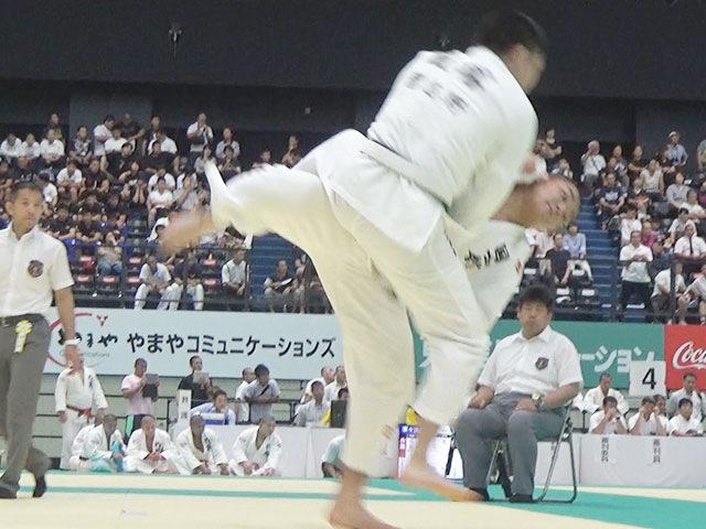 国士舘高校・岡田