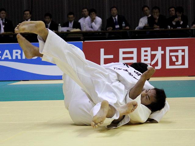 73kg級 粟野靖浩 vs 太田慶一
