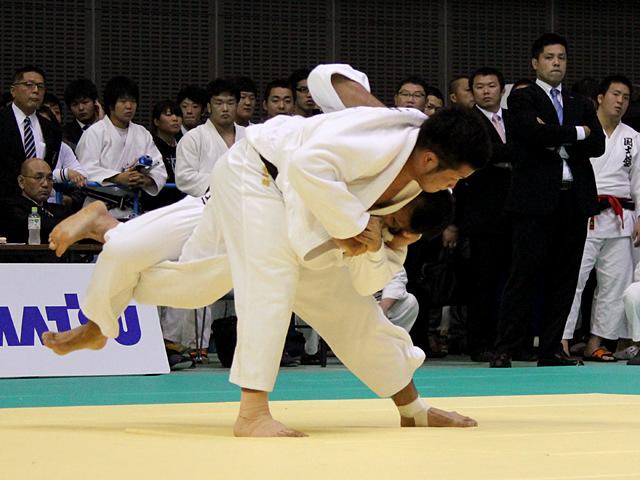 90kg級 釘丸太一 vs 小林悠輔