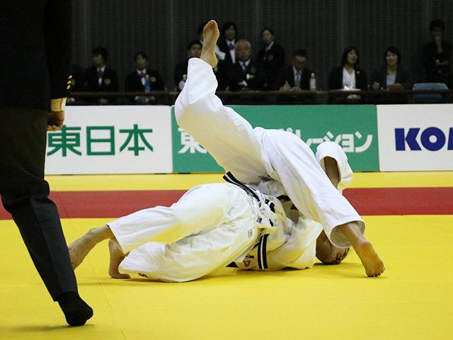 女子48kg級 決勝戦 渡名喜風南 vs 森崎由理江�@
