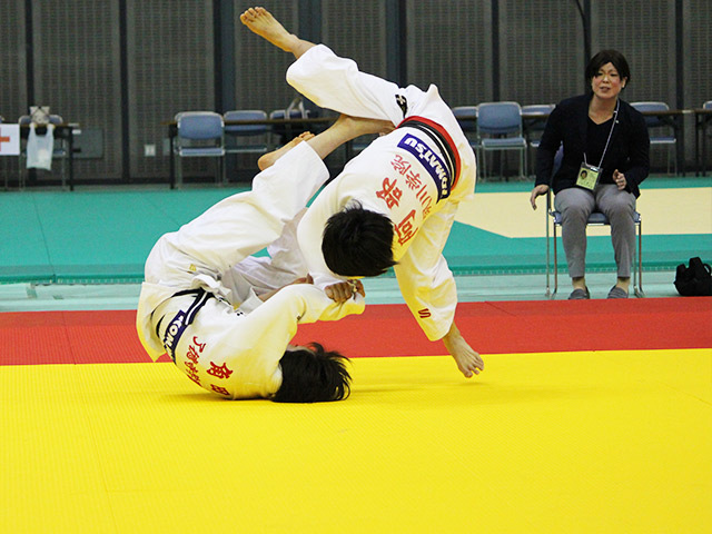 女子52kg級 角田夏実 vs 阿部詩