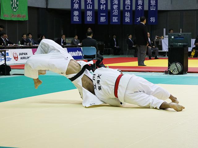 男子73kg級 2回戦 立川新 vs 大吉 賢