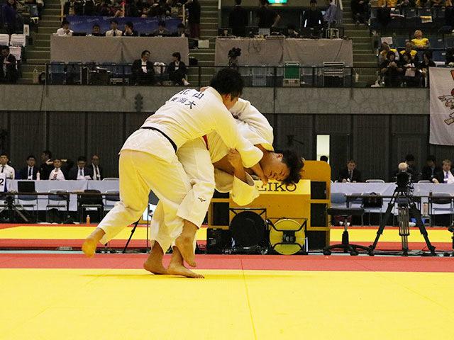 男子100kg級 山下魁輝 vs 北山達也