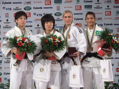 女子48kg級表彰式