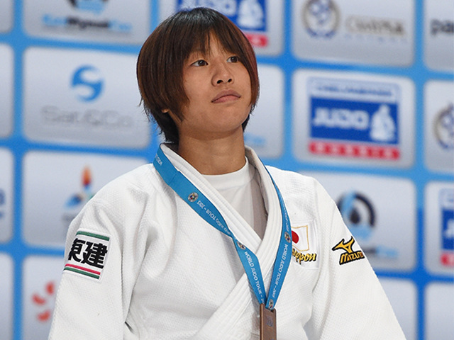 女子個人48kg級表彰式 3位 近藤 亜美選手