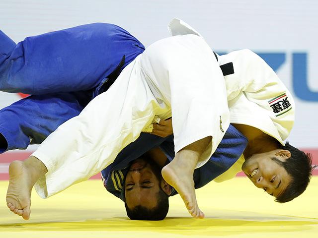 2017年ブダペスト世界柔道選手権大会/国別団体戦 男子60kg級 2回戦 高藤直寿 vs Y.MOUDATIR�@