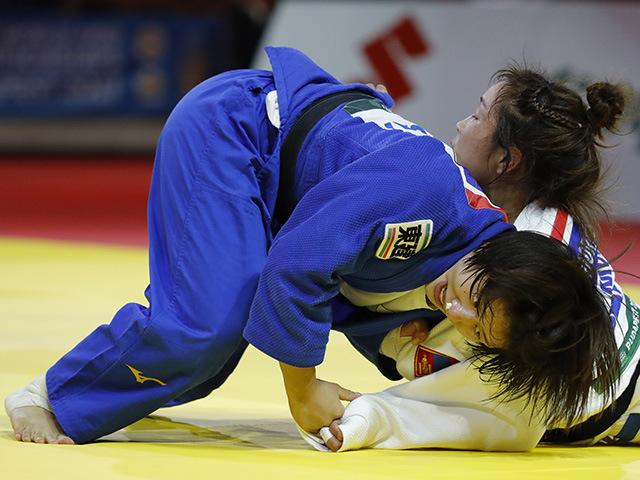 女子57kg級 決勝 芳田司 vs S.DORJSUREN