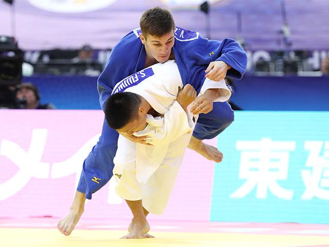 2018年バクー世界柔道選手権大会 男子81kg級 2回戦 藤原崇太郎 vs V.ZOLOEV�@