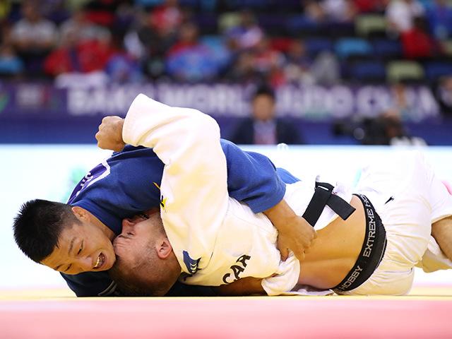 2018年バクー世界柔道選手権大会 男子81kg級 準々決勝 藤原崇太郎 vs D.SZWARNOWIECKI