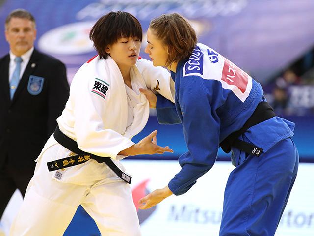 2018年バクー世界柔道選手権大会/国別団体戦 女子70kg級 3回戦 新井千鶴 vs G.SCOCCIMARRO�@