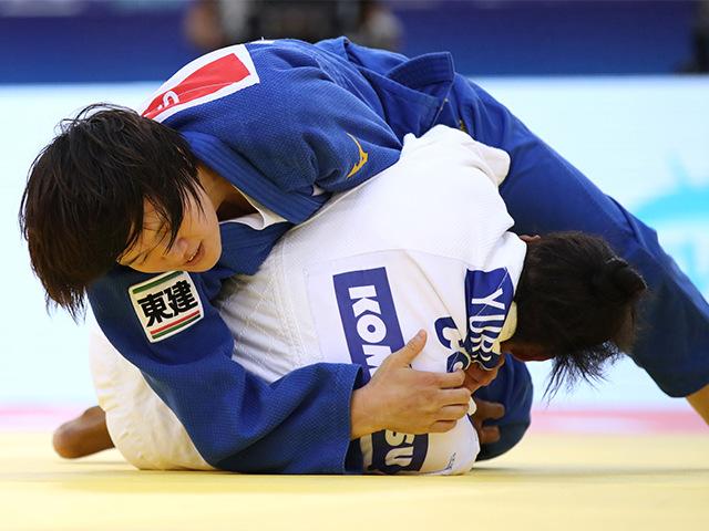 2018年バクー世界柔道選手権大会/国別団体戦 女子70kg級 準々決勝 新井千鶴 vs Y.ALVEAR