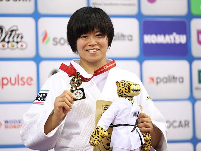 表彰式 濱田尚里