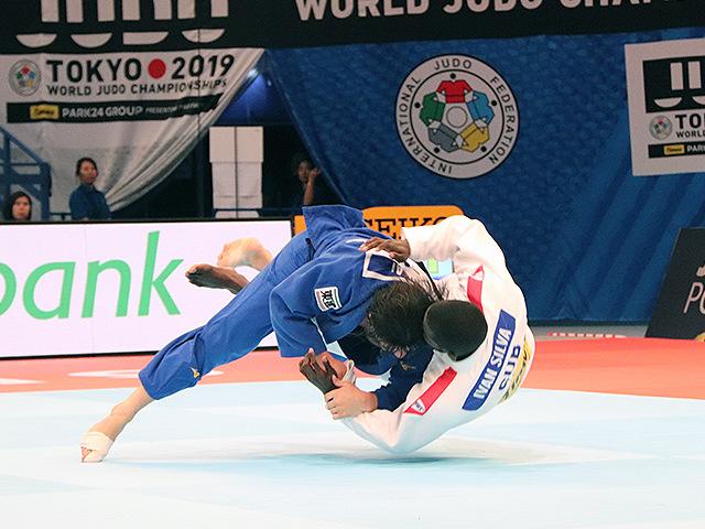 男子90kg級 向翔一郎 vs I.SILVA MORALES