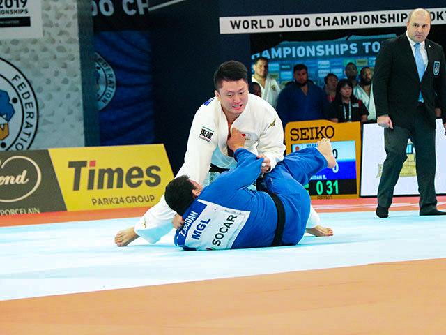 男子100kg超級 原沢久喜 vs T.NAIDAN