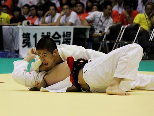73kg級 古賀颯人 vs 鳥羽潤