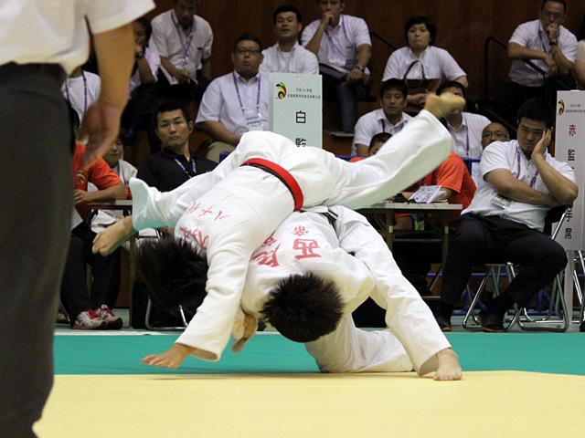 57kg級 大和久友佳 vs 西尾直子