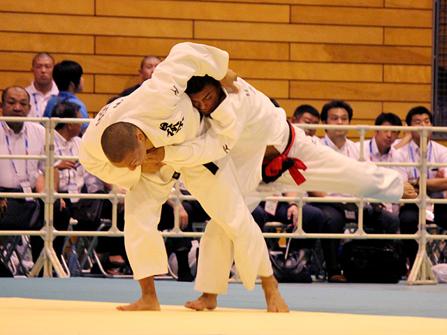 81kg級 藤原崇太郎 vs 前�M忠大