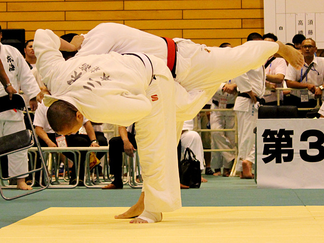 100kg級 吉川拓海 vs 三保翔