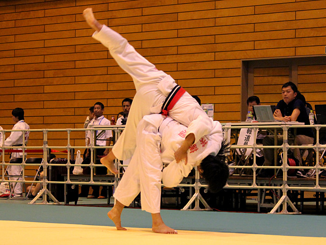 57kg級 若藤唯 vs 小林由依