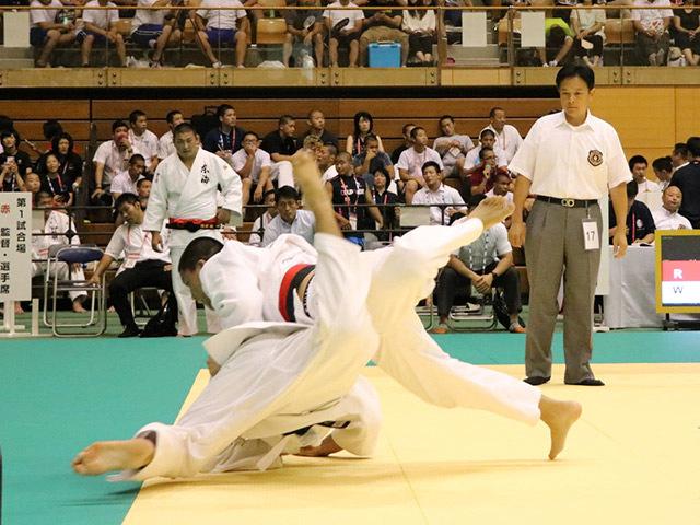 100kg級 臼井哲平 vs 佐藤智仁
