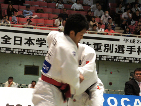 男子60kg級準決勝 木戸慎二−澤田涼�@