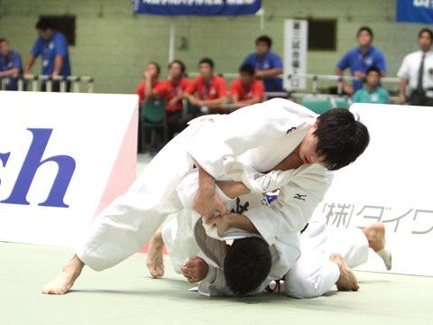 男子60kg級準決勝 志々目徹−宮本拓実�A