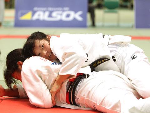 女子78kg級準決勝 西田香穂−重永聡美�A