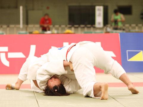 女子78kg超級決勝 山部佳苗−橋口ななみ�A