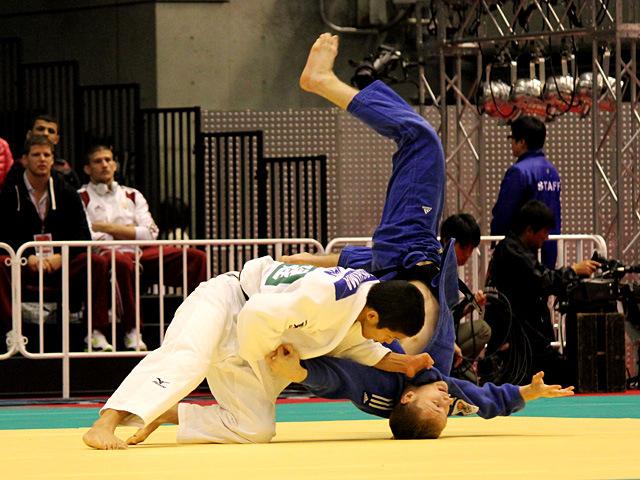 60kg級 大島優磨 vs L.KIELBASINSKI