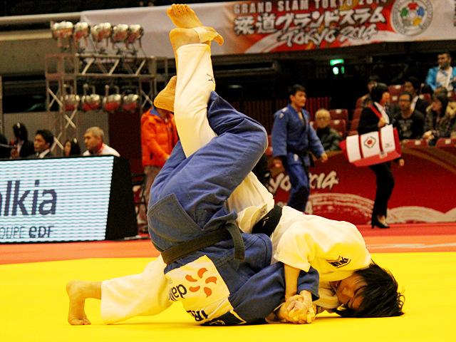 52kg級 中村美里 vs L.KEARNEY
