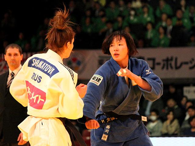 女子63kg級 3位決定戦 西川真帆vsP.SURAKATOVA