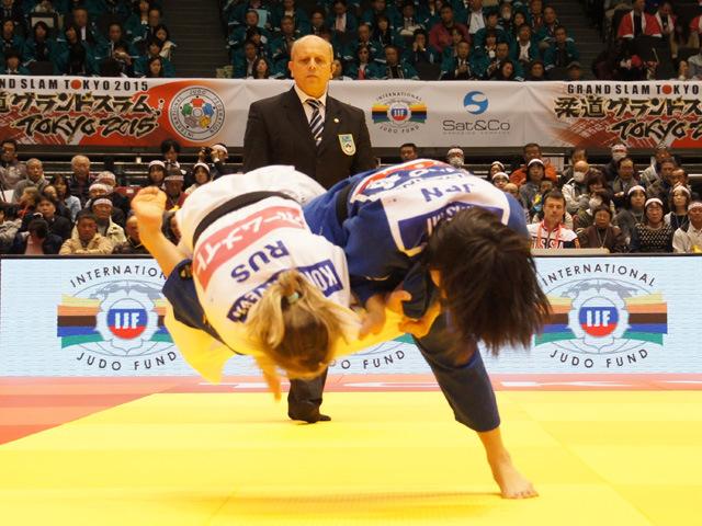 女子48kg級 準々決勝 浅見八瑠奈 vs N.KONDRATYEVA�@