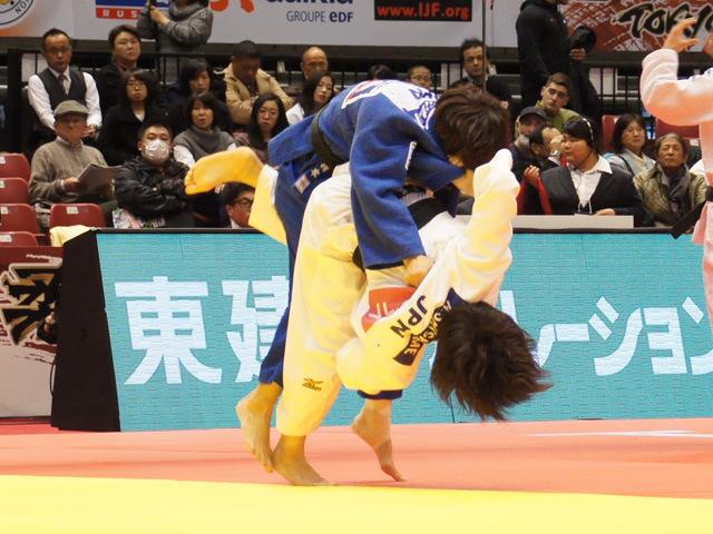 女子52kg級 準決勝 志々目愛 vs 橋本優貴