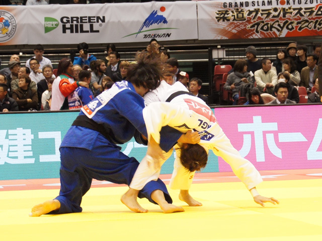 女子57kg級 2回戦 石川慈 vs S.DORJSUREN