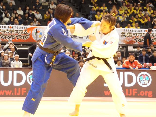 女子57kg級 準決勝 芳田司 vs S.DORJSUREN�@