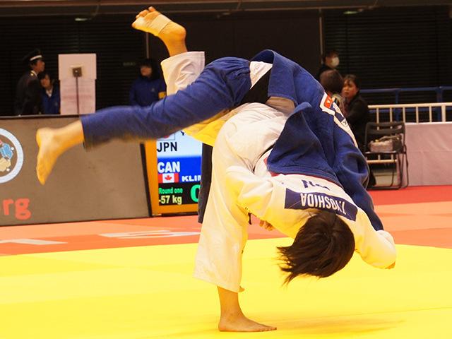 1回戦 芳田司 vs J.KLIMKAIT�C