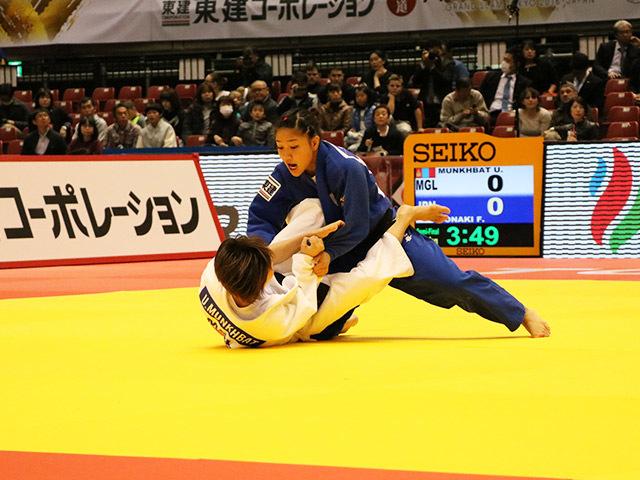 柔道グランドスラム東京2016 女子48kg級 準決勝戦 渡名喜風南 vs U.MUNKHBAT