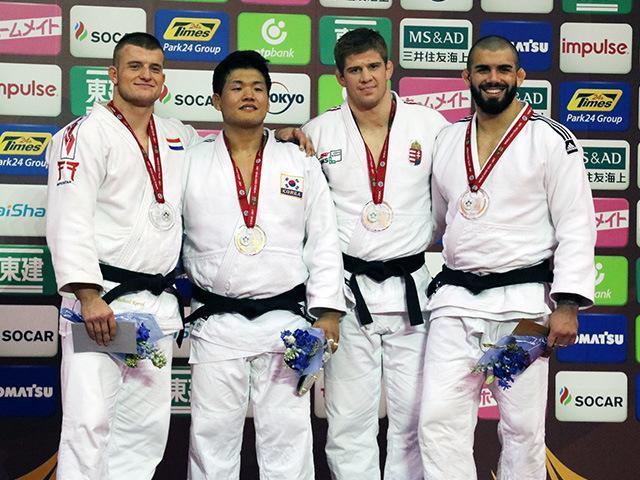 男子100kg級 表彰式