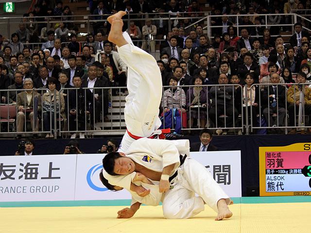 100kg級 熊代佑輔 vs 羽賀龍之介