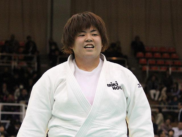 女子78kg超級優勝