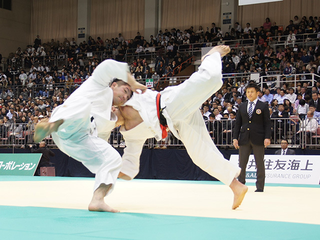 男子100kg級1回戦 ウルフアロンvs小林大輔�A