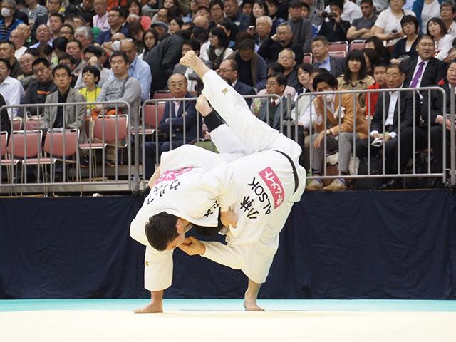 100kg級 ウルフアロン vs 小林大輔