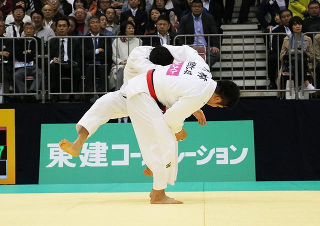 男子90kg級準決勝戦 小林悠輔vs向翔一郎